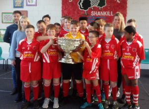 sam-maguire-visits-scoil-mhuire